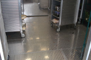 Tread Plate Floors in Walk-in